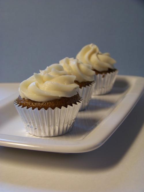 mango chile lime cupcakes