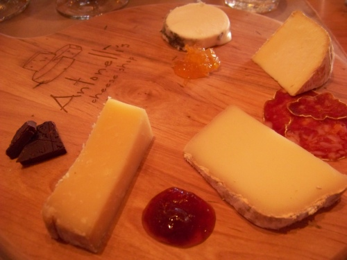 2013 antonelli's cheese pairing platte